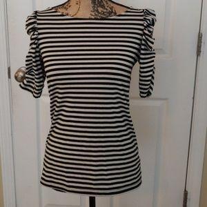 ♡Cute black and white striped shirt♡